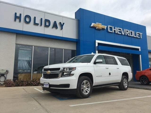 new Summit White 2018 Chevrolet Suburban LS with Jet Black Interior located in Durant